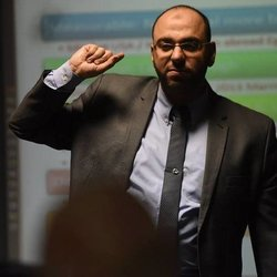 Dr. Mostafa Nawareg